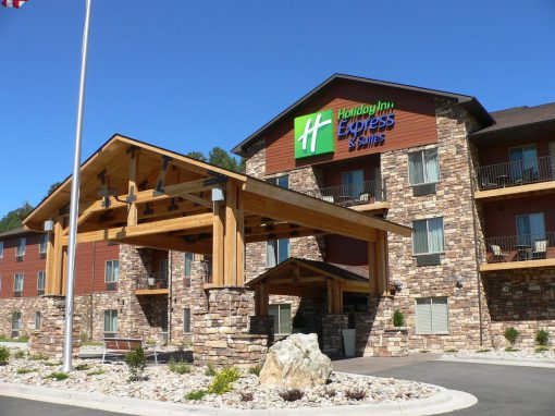 Holiday Inn Express & Suites, Custer